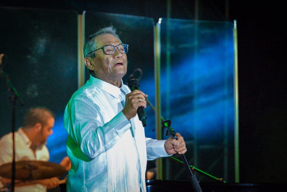 Murió cantautor mexicano Armando Manzanero, por complicaciones del Covid-19