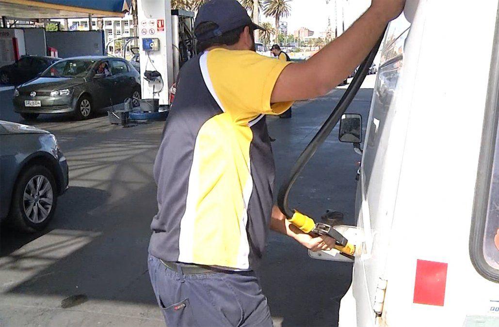 Nuevas tarifas de combustiles a partir del 1º de enero; precio será actualizado mes a mes