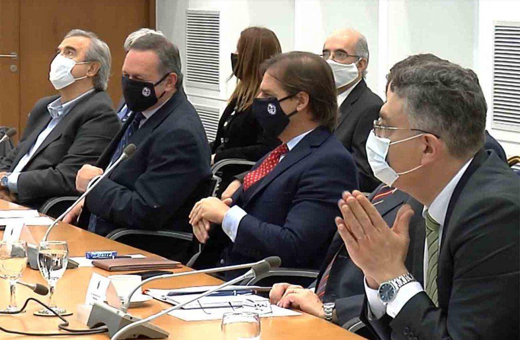 Lacalle Pou reúne al Consejo de Ministros en semana clave por la compra de vacunas