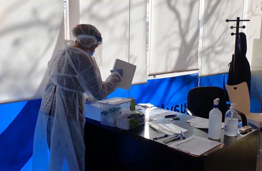 Anticuerpos contra el coronavirus se mantienen 8 meses en el organismo, según estudio de Udelar