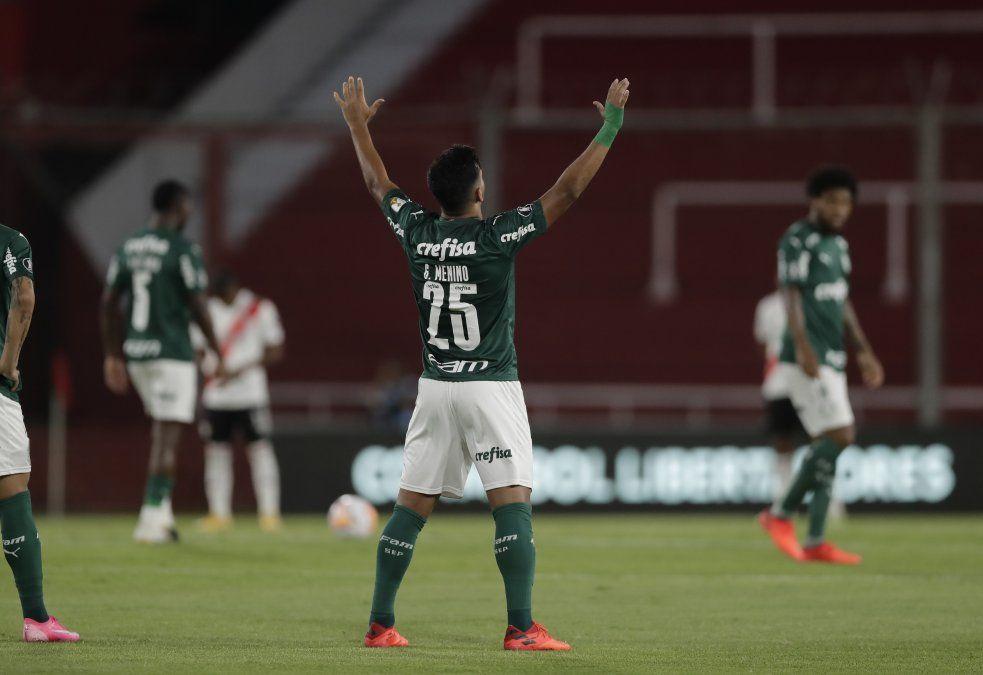 Palmeiras aprovechó cada error y goleó a River en primera semifinal de Libertadores