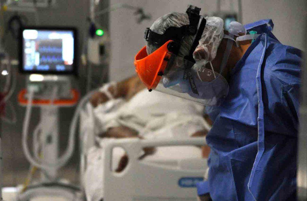 Científicos argentinos prueban que plasma de recuperados reduce muertes por Covid