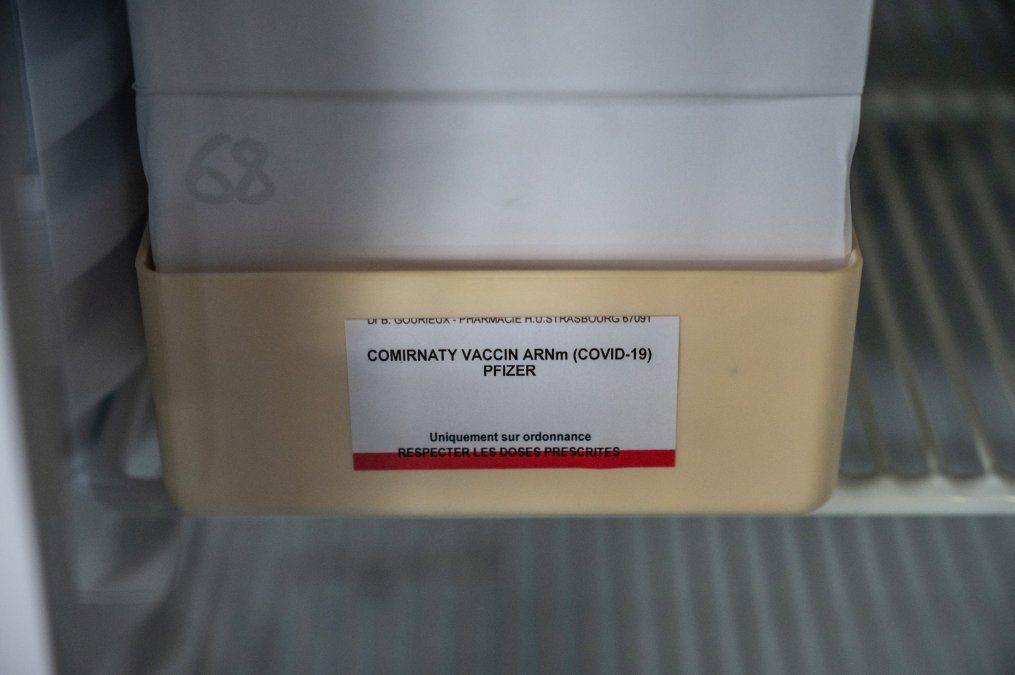 Vacuna de Pfizer/BioNTech es eficaz contra las mutaciones del Covid-19, dice la companía farmacéutica