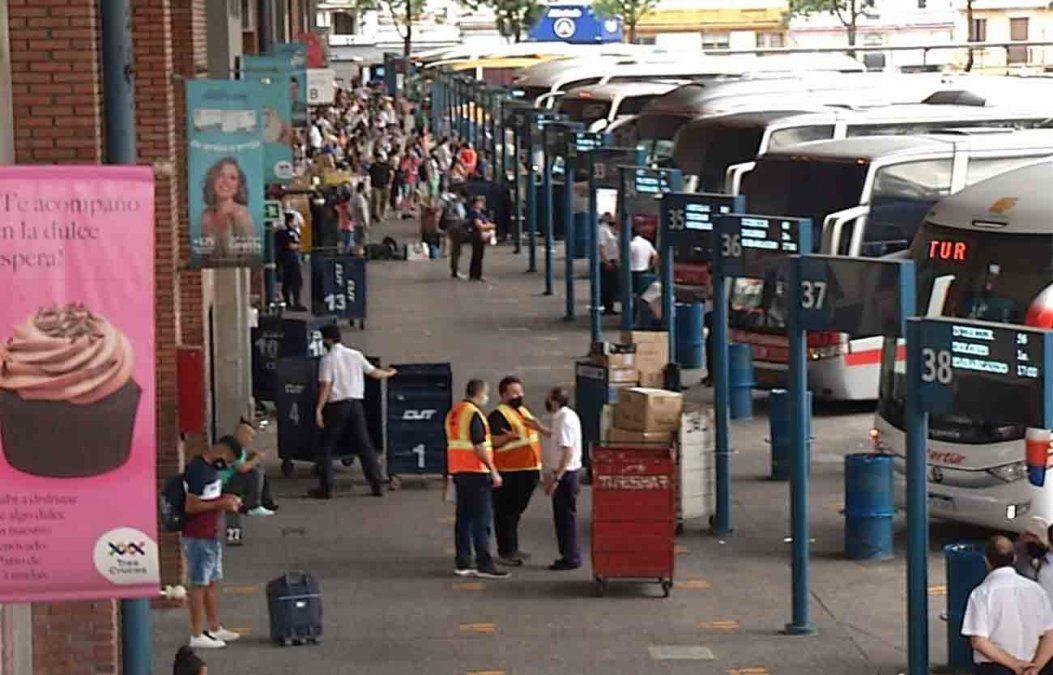 Ministerio de Transporte extiende medida de aforo máximo del 50% en ómnibus, hasta el 17 de enero