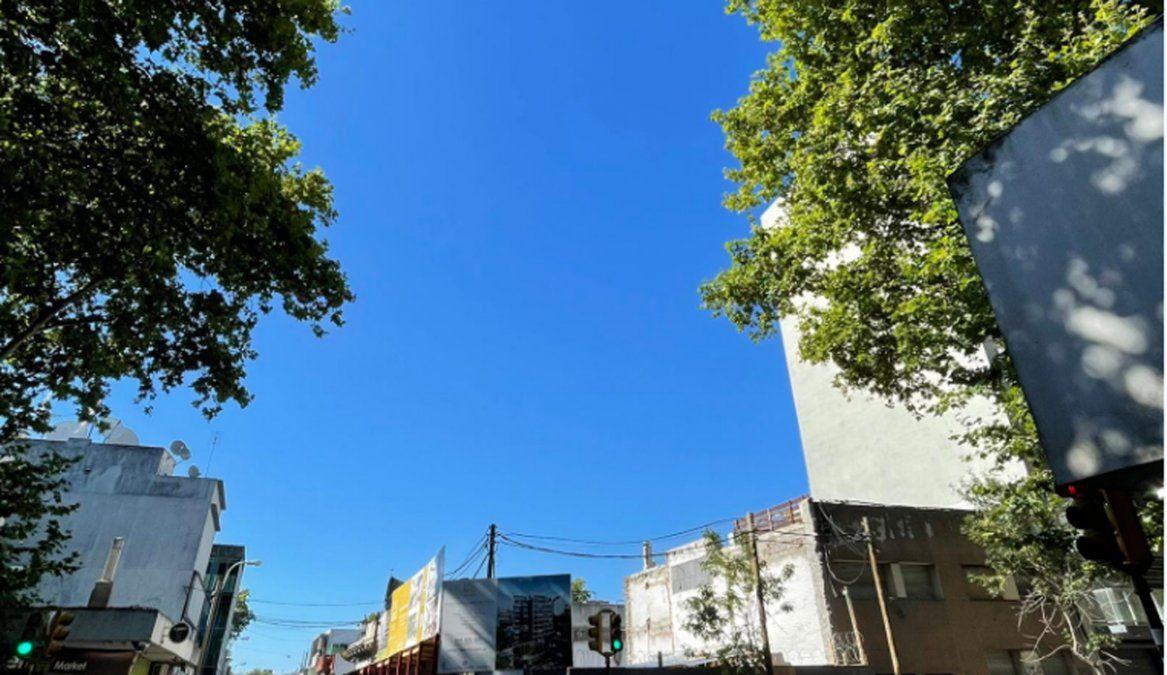 Domingo cálido, claro en el sur y nuboso en el resto del país