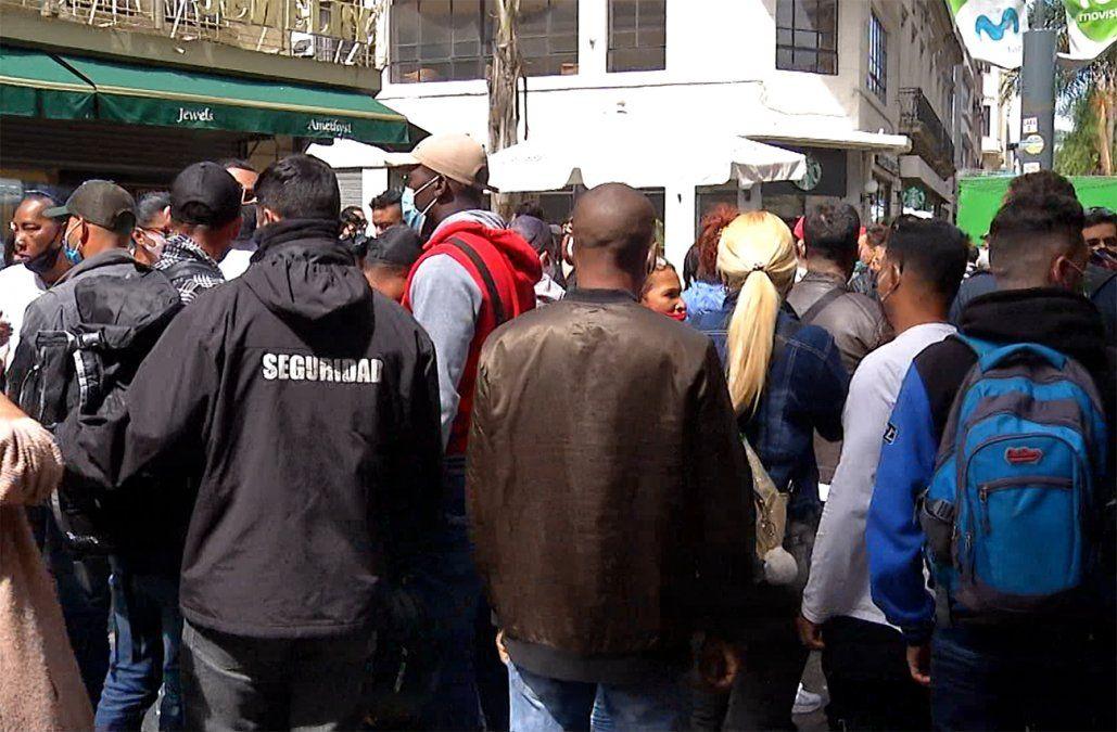 Cubanos se aglomeraron frente a la Embajada de Nicaragua para sacar la visa