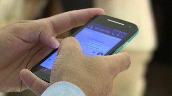 WhatsApp retrasa cambio en sus normas de servicio tras huída de usuarios