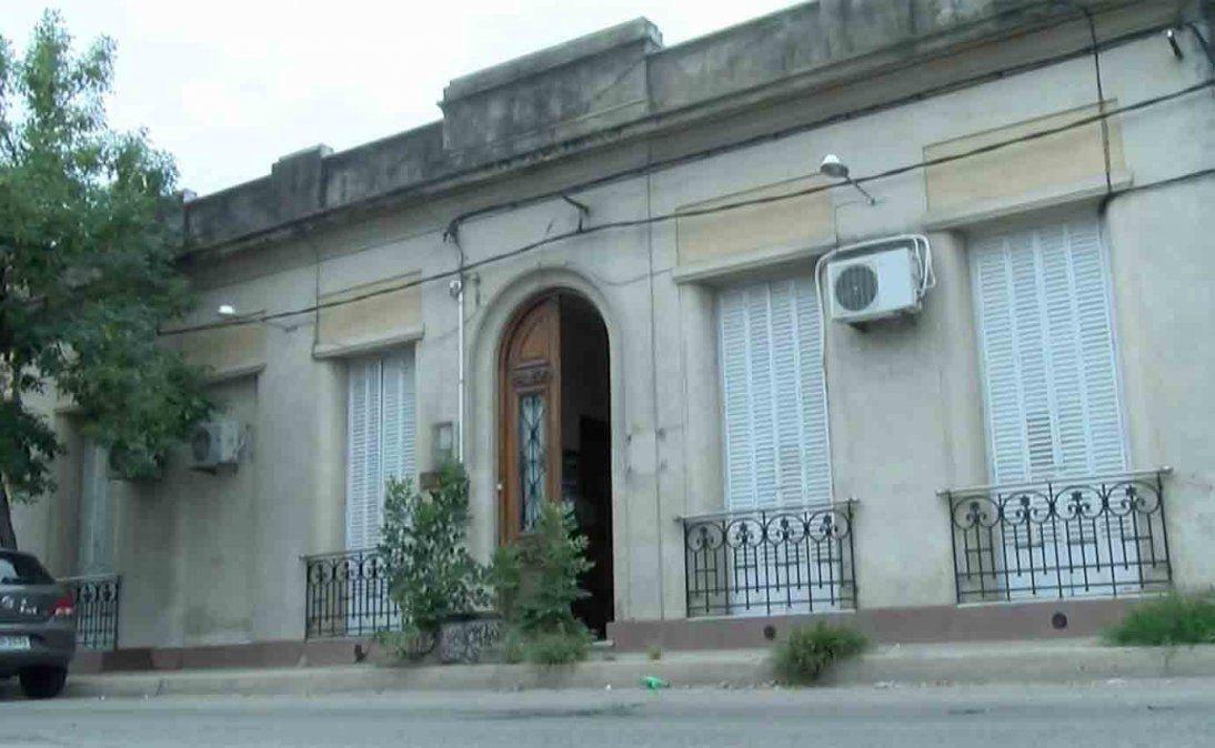 Policía custodia dos hogares abiertos del INAU con casos positivos de Covid-19