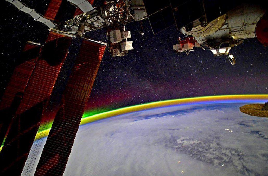 Astronauta ruso tomó una fantástica foto de un arcoíris desde el espacio