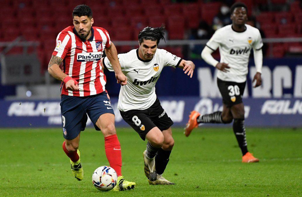 Suárez marcó un tanto en el 3-1 del Atlético contra Valencia