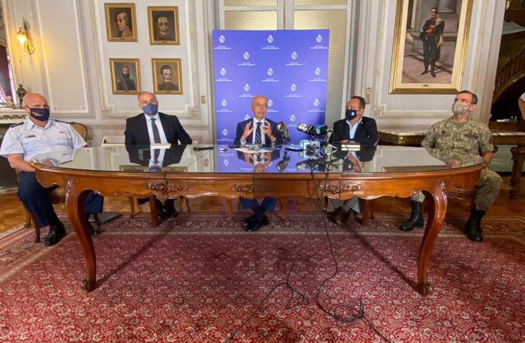 Defensa asegura que en 8 horas distribuirá las vacunas contra el Covid en todo el país