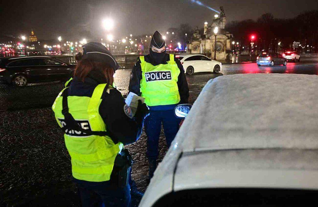 Ladrones hurtan 500.000 euros en joyas en robo con hacha en París