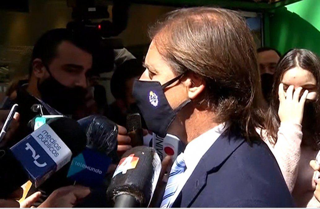 Lacalle viaja el miércoles 3 a Brasilia y al regreso hará cuarentena y test de Covid