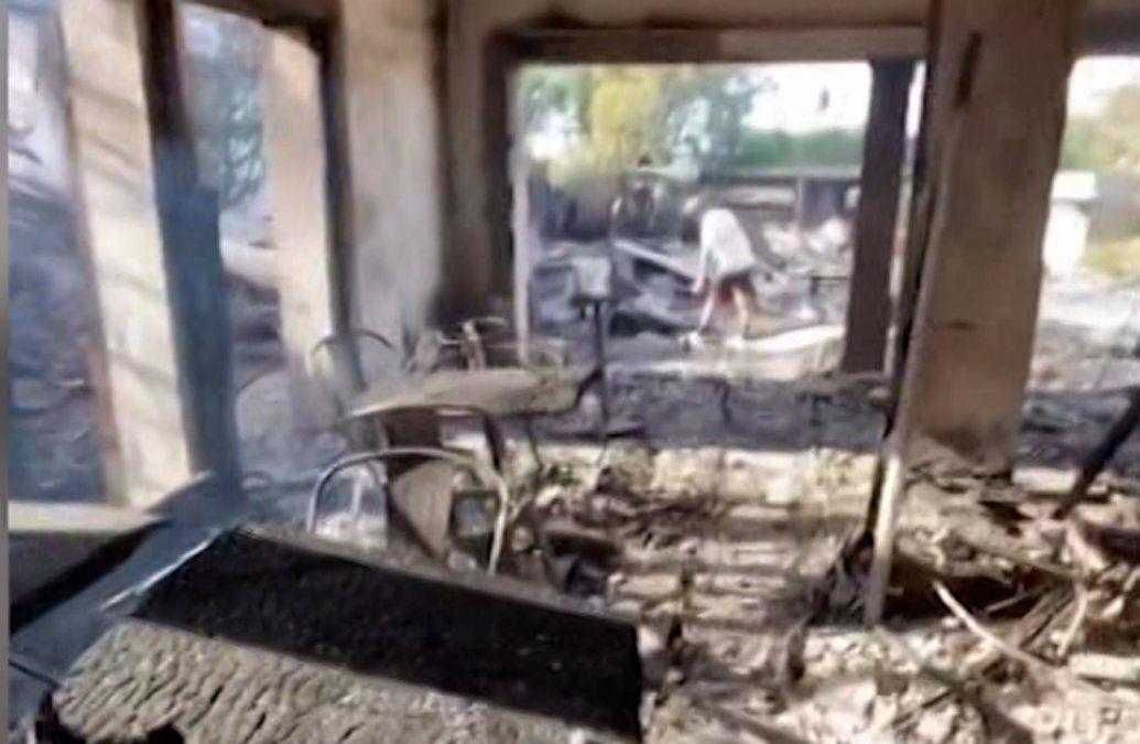 Así quedó la cafetería La Excusa en José Ignacio tras un incendio que quemó todo
