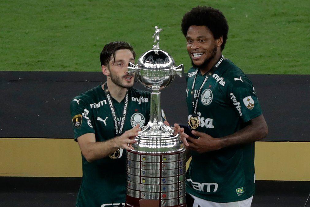Matías Viña campeón de la Copa Libertadores con Palmeiras en el Maracaná