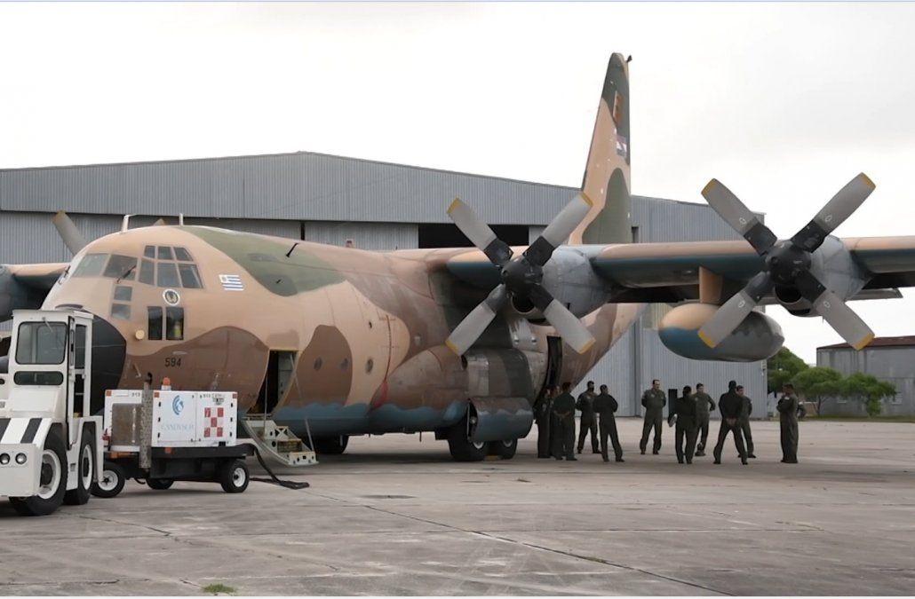 El Hércules de la Fuerza Aérea partió a Estados Unidos en busca de cuatro ultrafreezers para vacunas