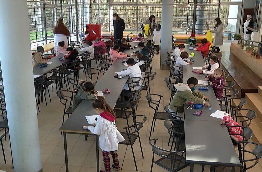 Autoridades trabajan para que la vuelta a clases sea gradual, priorizada y segura