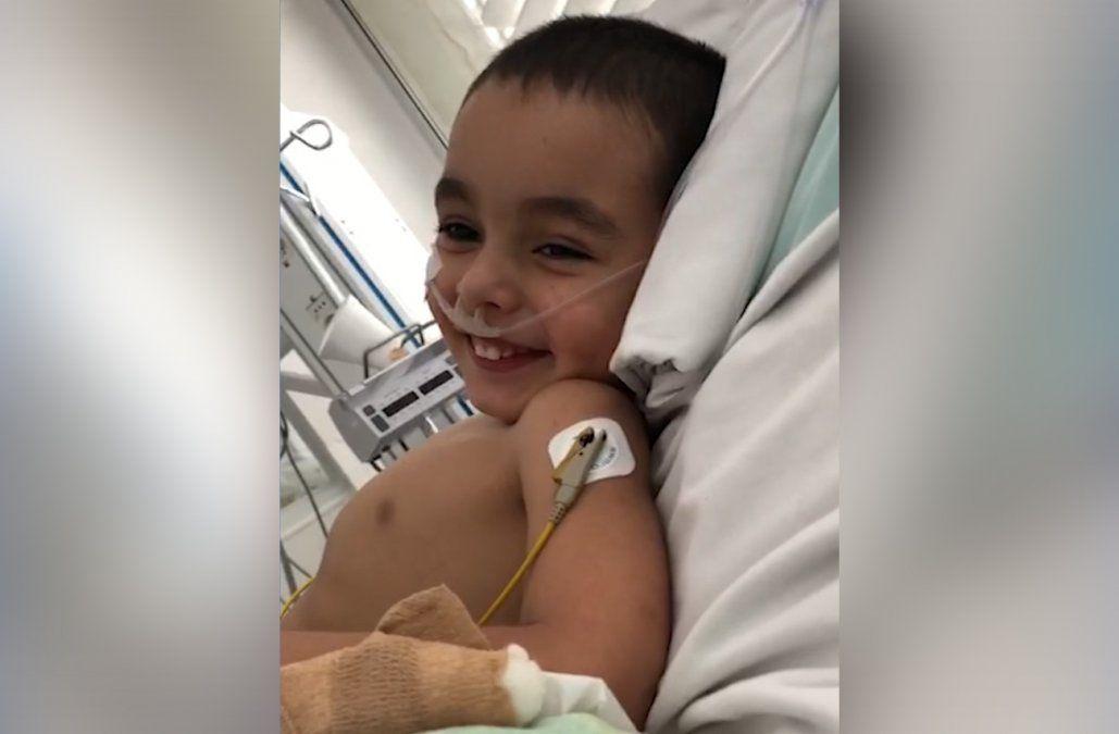 Benjamín, el niño de 3 años que padece hipertensión pulmonar severa, salió del CTI