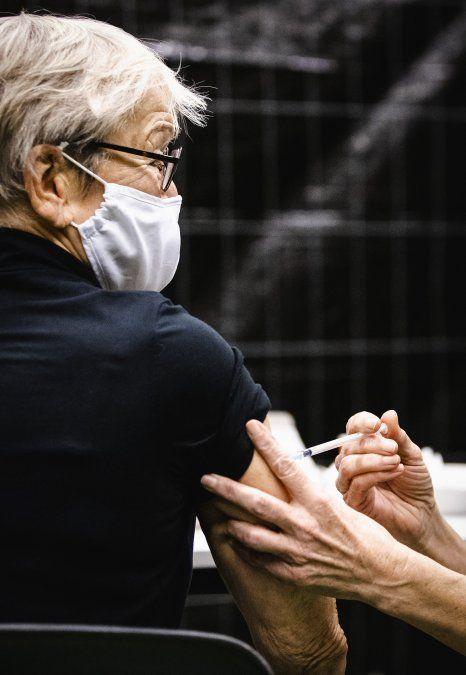 Proyecto de ley para dar un día libre pago en caso de vacunarse contra el Covid-19