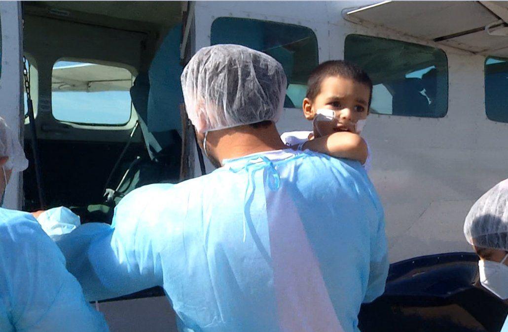 Benjamín viajó a Buenos Aires para el tratamiento paliativo antes del trasplante