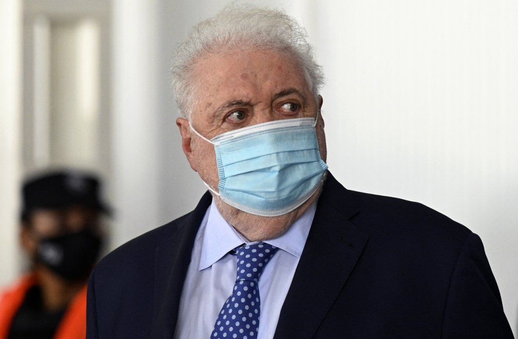 Alberto Fernández le pidió la renuncia a su ministro de salud por escándalo de vacunación VIP