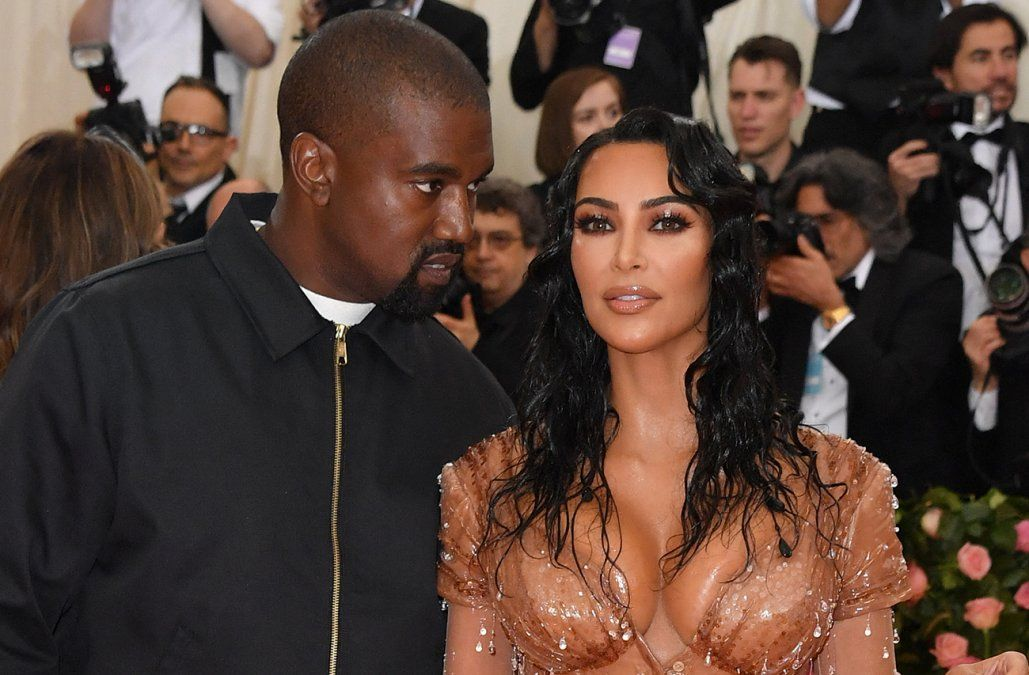 Kim Kardashian pidió oficialmente el divorcio de Kanye West