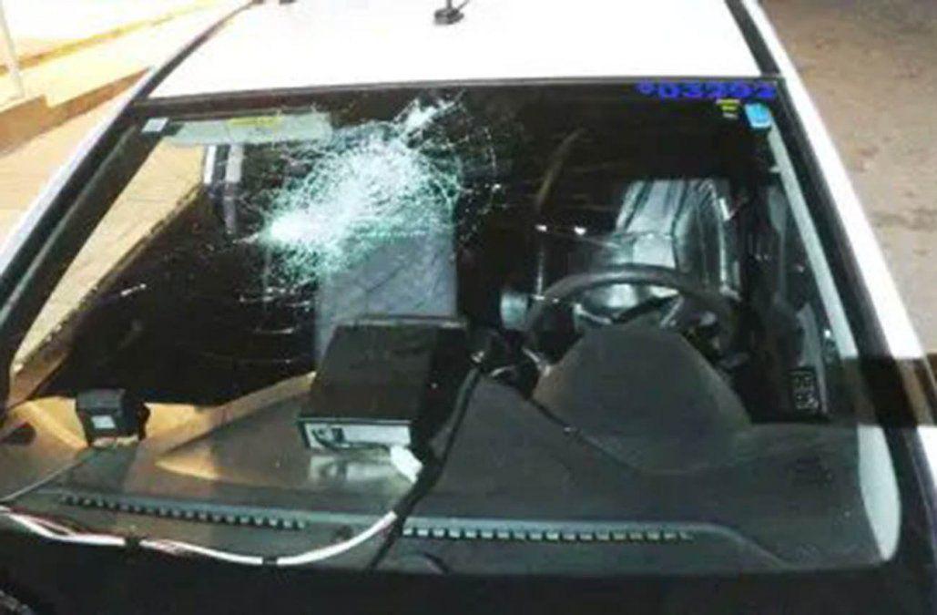 Policía e inspectores de tránsito fueron atacados a pedradas tras intervenir en picadas