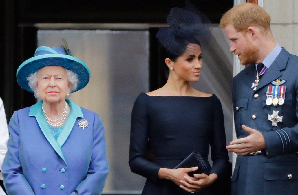 La reina Isabel II hablará en la BBC el mismo día en que Harry y Meghan serán entrevistados en EEUU