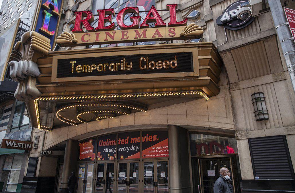 Los cines de Nueva York reabrirán tras un año de cierre