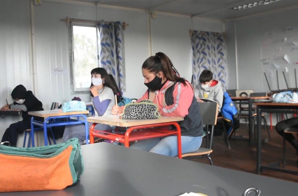 Cierran 250 grupos en Secundaria y suman 91 en UTU