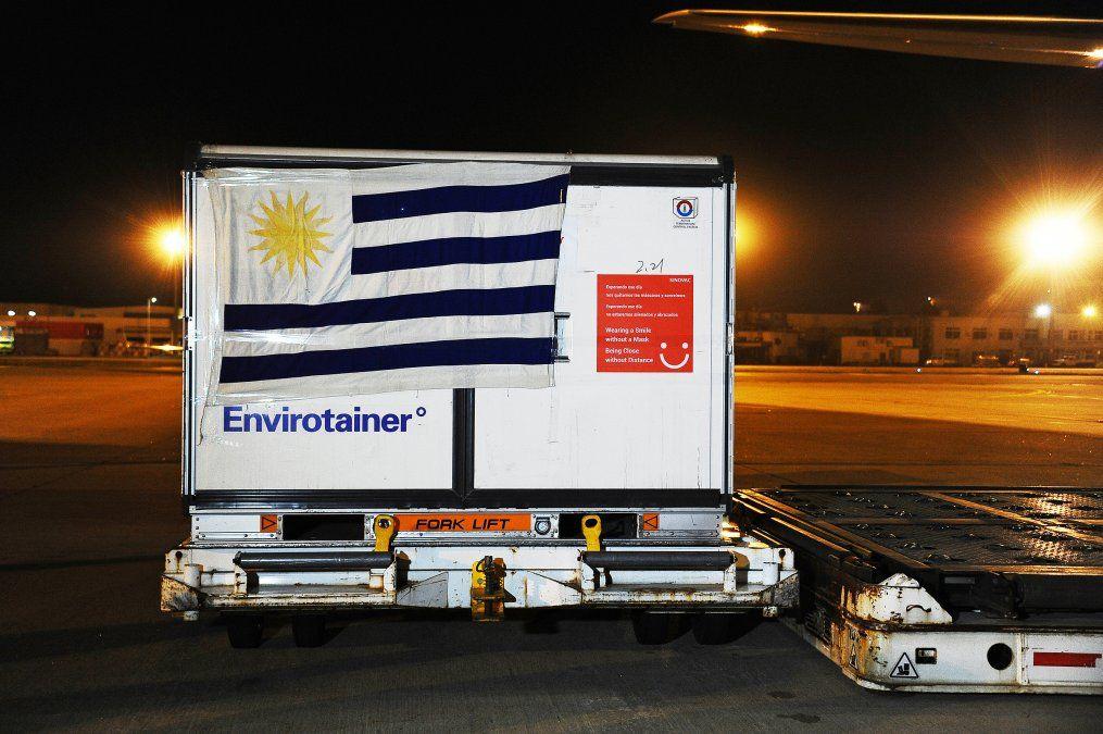 Así llegaron las primeras vacunas contra el Covid-19 a Uruguay