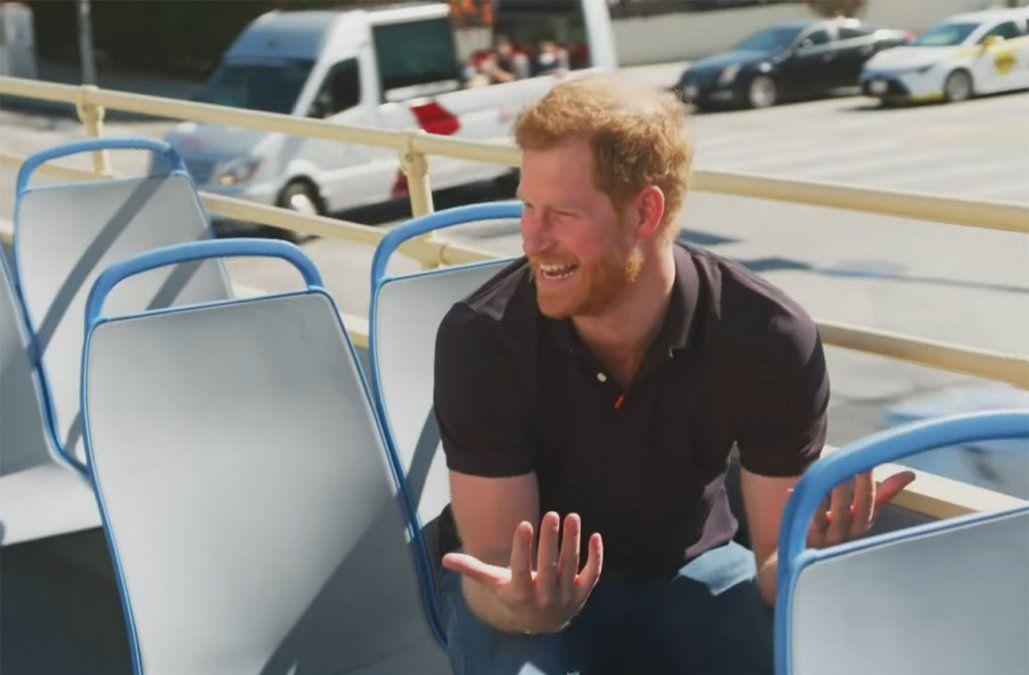 El príncipe Harry reveló que mira la serie The Crown