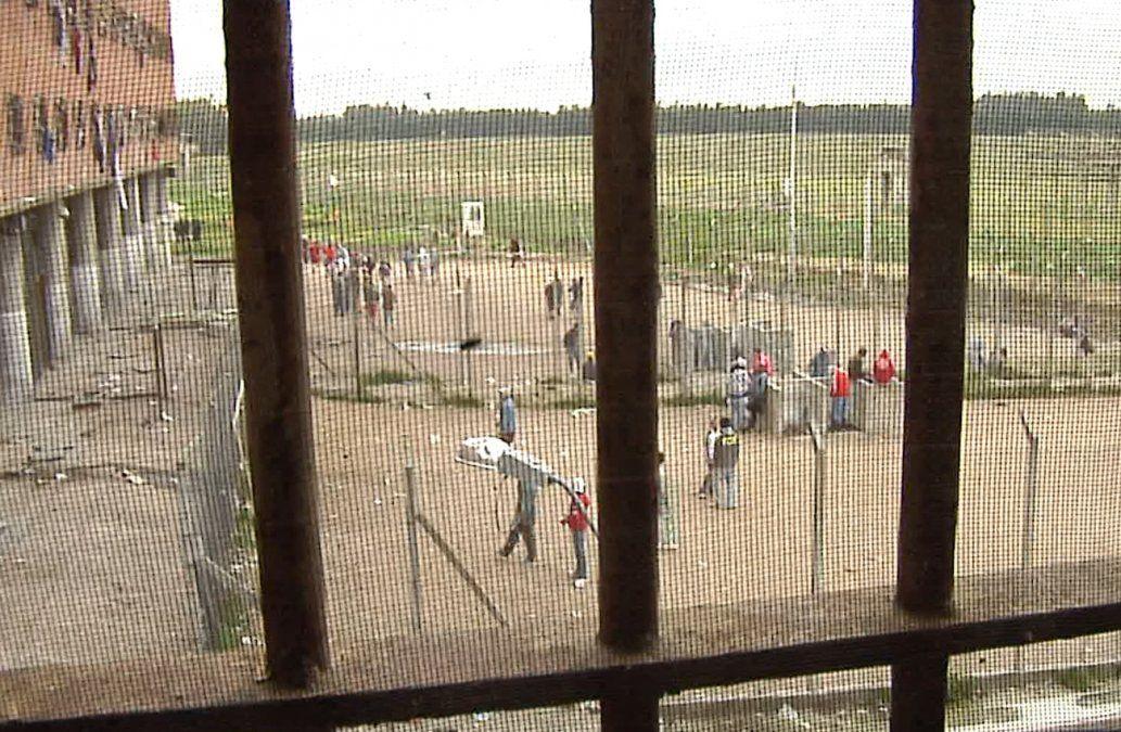 Más de 600 casos de coronavirus en las cárceles, entre reclusos y policías