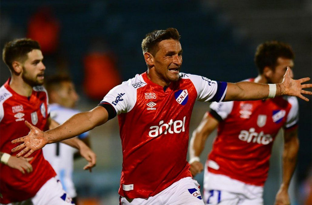 Nacional venció a Cerro 1-0 con gol de Bergessio y pelea el Clausura