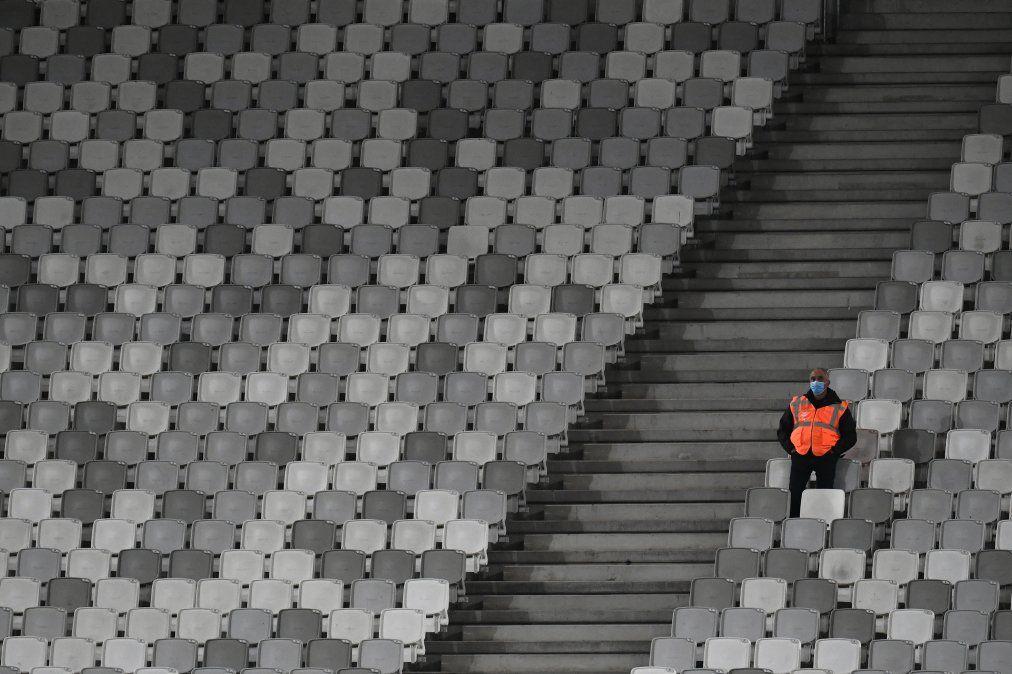Falta de público en las tribunas por Covid-19, provoca que los equipos locatarios pierdan más que antes