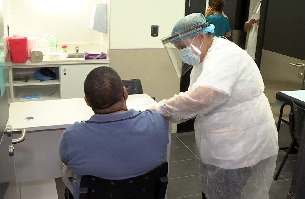 Más de 100.000 personas recibieron la primera dosis de Sinovac contra el Coronavirus