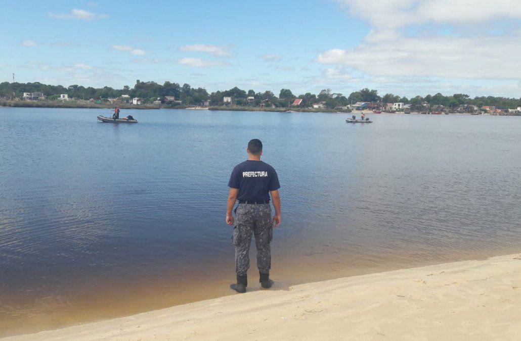 Buscan al futbolista Franco Acosta de 25 años desaparecido en la desembocadura del arroyo Pando