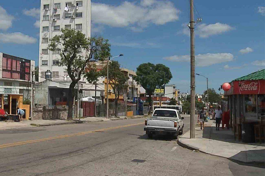 Homicidio en Parque Batlle: un hombre de 36 fue asesinado y una mujer resultó herida
