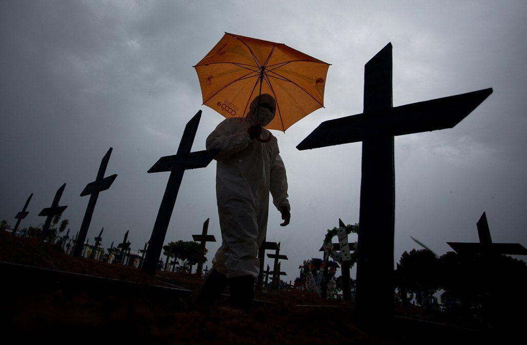 Brasil registra por primera vez más de 2.000 muertos por coronavirus en 24 horas