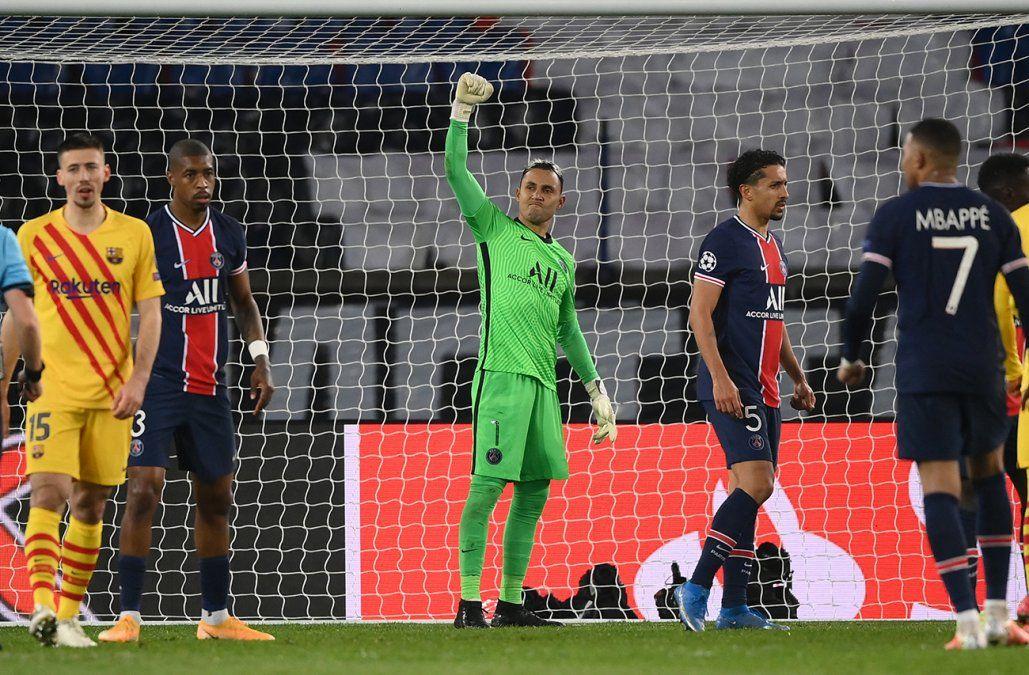 Keylor Navas metió al PSG en cuartos y dejó al Barcelona sin Champions