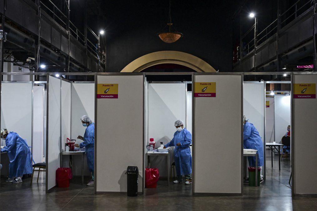 Vacunatorio de Sinopharm en Buenos Aires