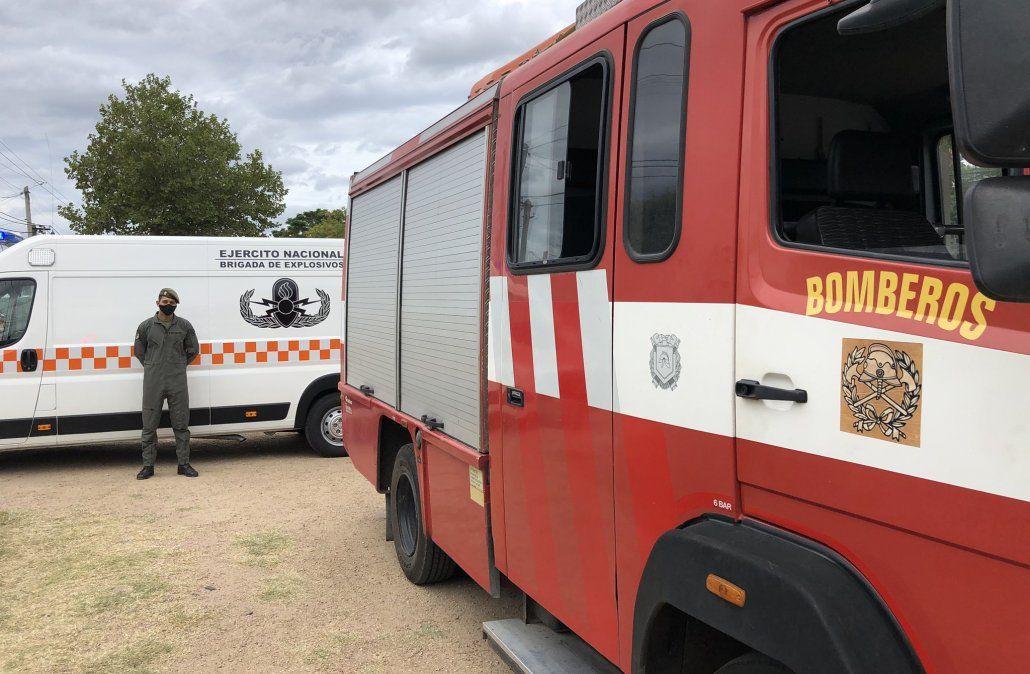 Hallan explosivos, municiones y uniforme policial en una casa de Piedras Blancas