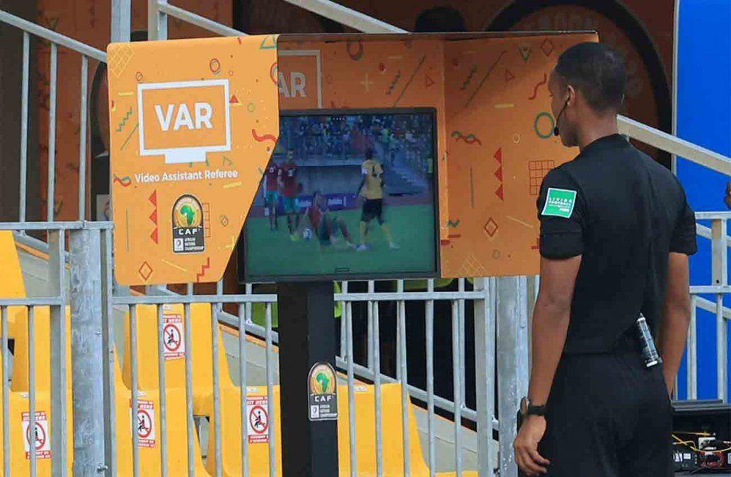 Cuatro partidos del Clausura se disputarán con el VAR