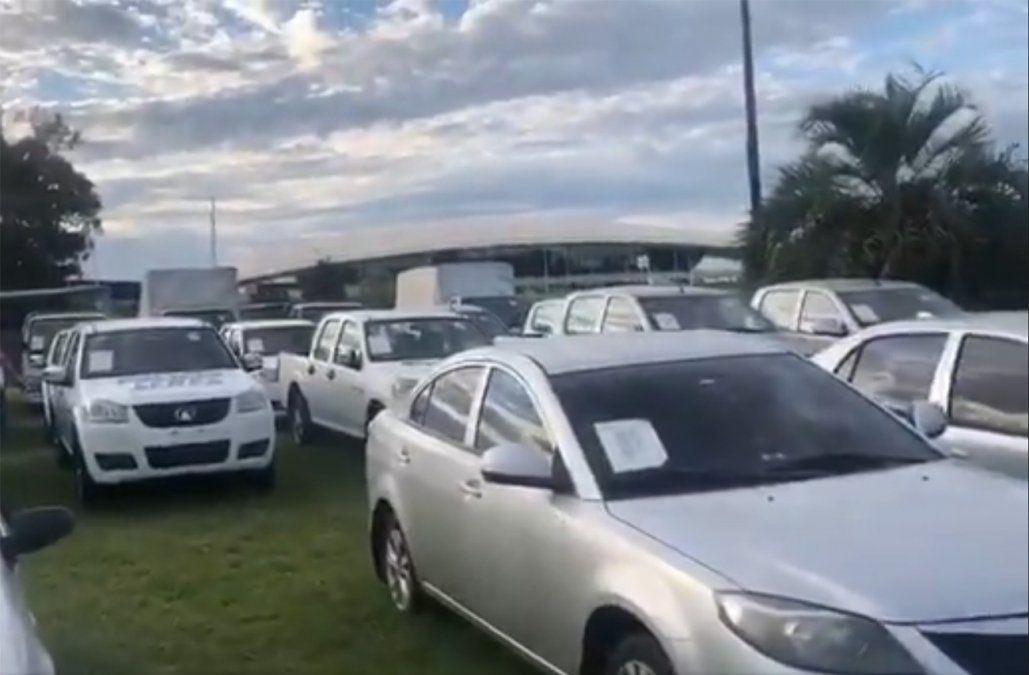 Defensa recaudó US$ 550.000 en el remate de 77 vehículos retirados de la flota oficial