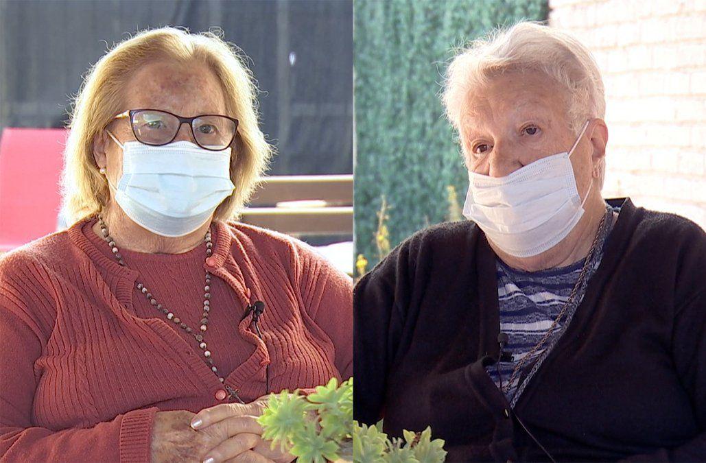 Susana y Elsa se vacunaron contra el Covid en el residencial donde viven