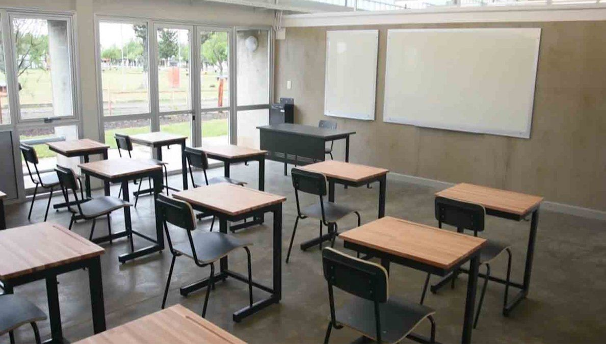 Regreso escalonado de clases a partir del 3 de mayo debe ser aprobado en el Consejo de Ministros de mañana
