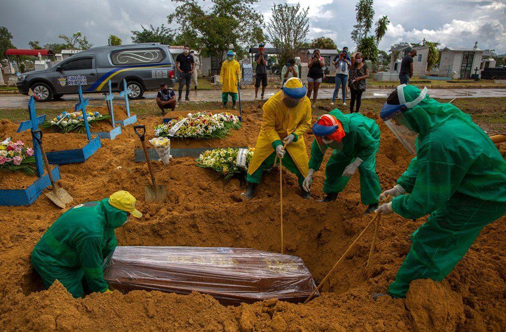 Brasil supera las 300.000 muertes por Coronavirus
