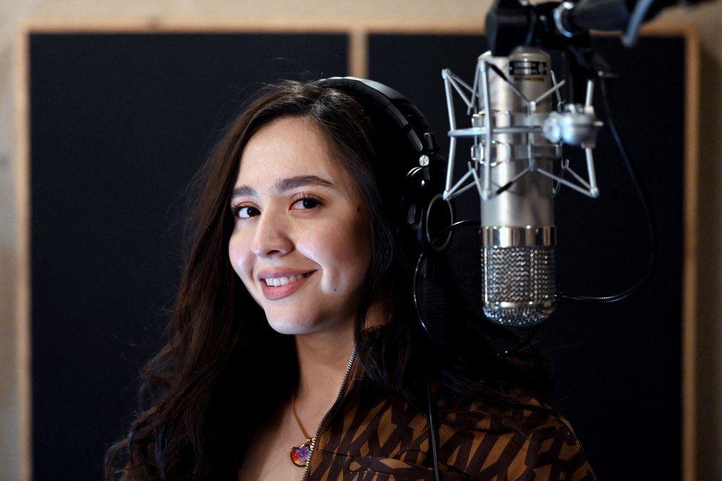 Manizha, la voz feminista rusa en Eurovisión que escandaliza a los conservadores