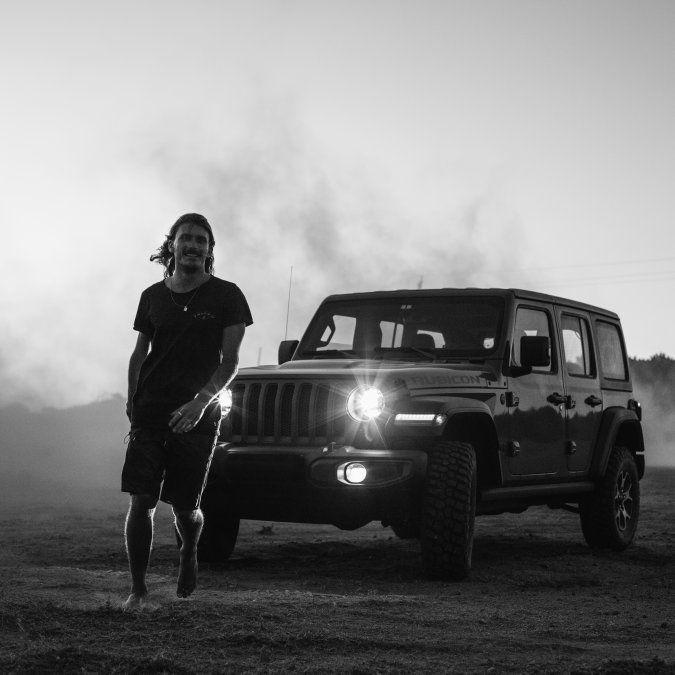 Jeep Uruguay sigue apostando a Lucas Madrid como embajador de la marca