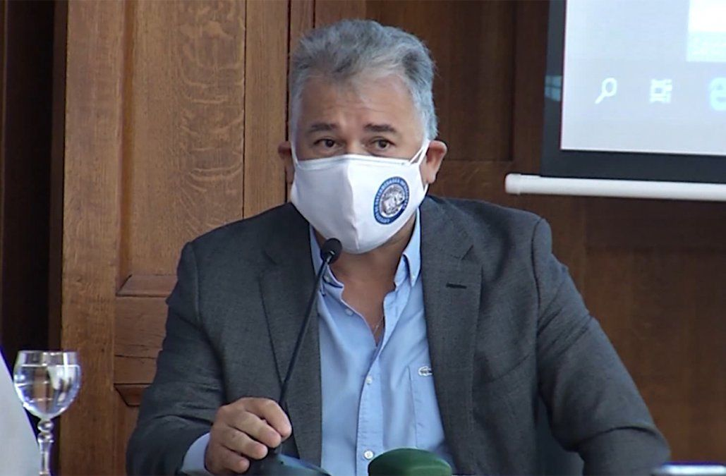 Medina: No se recomienda la realización de test de anticuerpos luego de la vacunación contra COVID-19